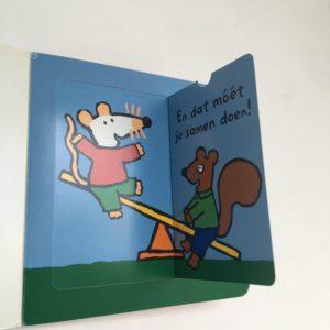 Boekje samen met muis Flap-uit