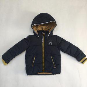 Gewatteerde jas met kap zwart en oker Noppies 86