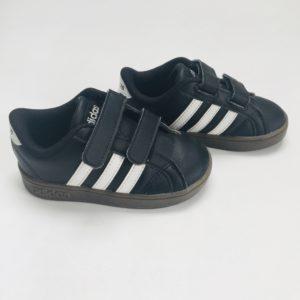 Sneakers zwart Adidas maat 22