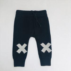 Gebreide broek kruisjes Tiny Cottons 3-6m