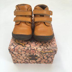 Schoenen met bloemetje Stones and bones  maat 23