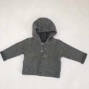 Sweaterjasje donkergrijs en longsleeve uh-oh P'tit Filou 6m