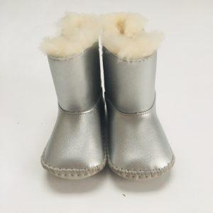 Schoenen metallic UGGS 6-12m / maat 17-18