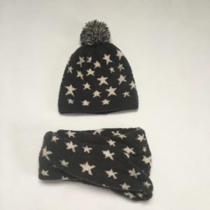 Set muts + sjaal stars Zara 104