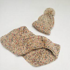 Set muts 43cm + sjaal speckled Zara
