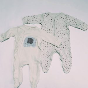 2 x pyjama olifant / raindrops Next 3-6m