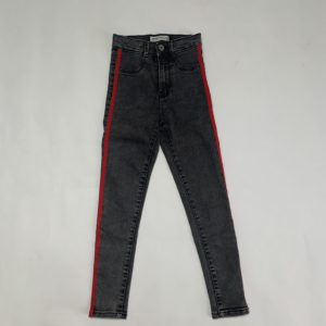 Zwarte jeansbroek rood detail Zara 9jr / 134