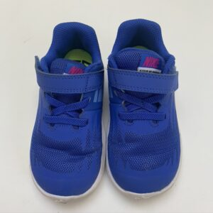 Sneakers blauw slipon met plakker Nike maat 25
