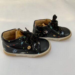 Schoentjes planeten Zecchino d'Oro maat 21
