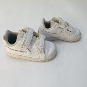 Sneakers Nike maat 21