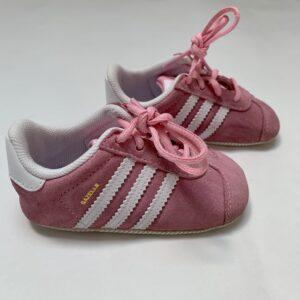 Babyschoentjes Gazelle crib Adidas maat 18