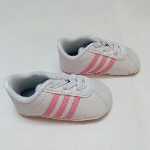 Babyschoentjes tennis Adidas maat 18