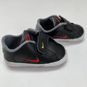 Babysneakers zwart First Court Tradition Nikemaat 18,5