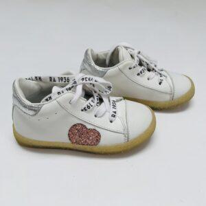 Schoentjes wit met veters Rondinella maat 23
