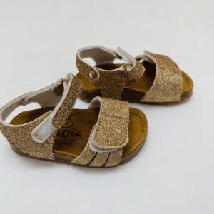 Sandalen gold Plakton maat 20