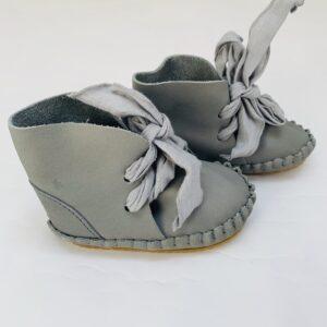 Schoentje zacht leer nubuck grey Donsje Amsterdam 18-24m