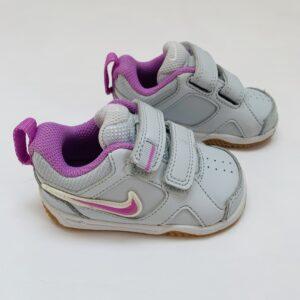 Sneakers velcro tennis lila details Nike maat 19,5