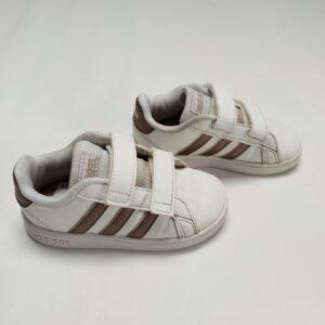 Sneakers pink detail Adidas maat 24