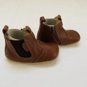 Schoentjes First Walker bruin Bobux maat 19
