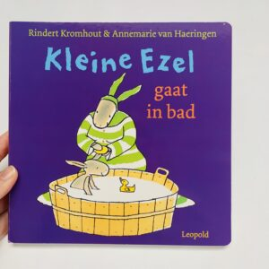 Boekje Kleine ezel gaat in bad