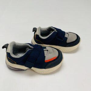 Sneakers velcro Zara maat 23