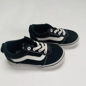 Slipon sneakers Vans maat 23,5 / 12cm