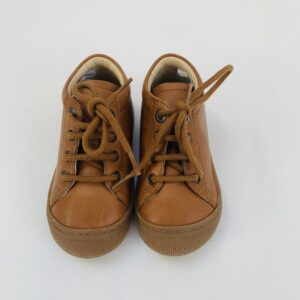 Bruine schoentjes Naturino maat 21