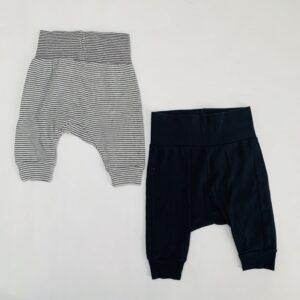 2 x basic broekje zwart/stripes H&M 1-2m / 56