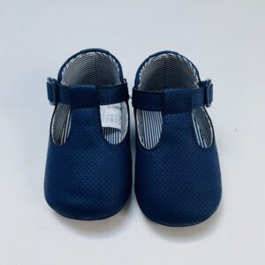 Schoentjes donkerblauw met gesp Mayoral maat 19