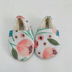 Babyslofjes flowers Titot 0-3m / maat 16