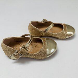 Gouden schoentjes met gesp Jili maat 24