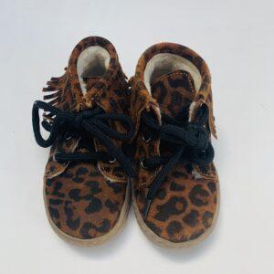Schoentjes leopard met teddyvoering Clics maat 20