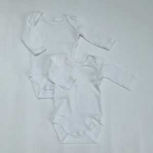 2x rompers longsleeve wit Name it 2-4m / 62