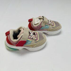 Sneakers Zara maat 21