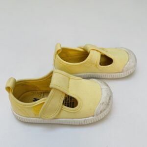 Sandalen pastel geel H&M maat 20/21