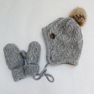 Grijze muts met pompom + handschoenen H&M 6-12m / 74/80