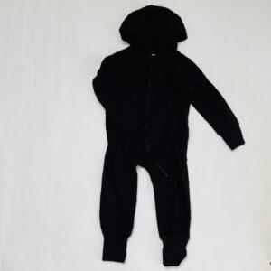 Jumpsuit met kap zwart Babybugz 2-3jr