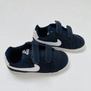 Donkerblauwe sneakers velcro Nike maat 25