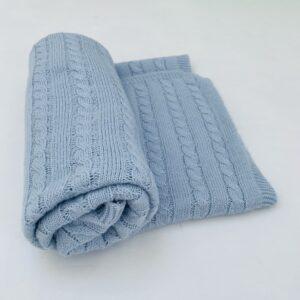 Dekentje lichtblauw tricot A casa do bebé